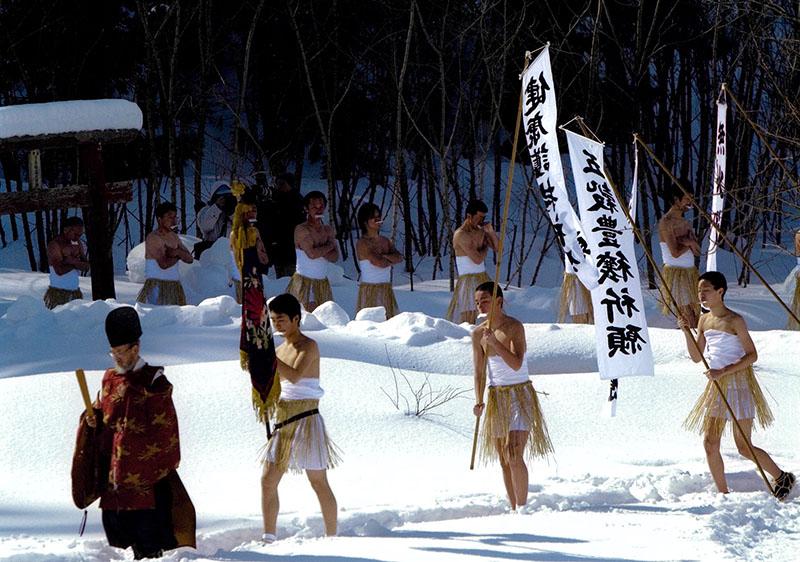 雪中参詣古川 重幸(能代市)